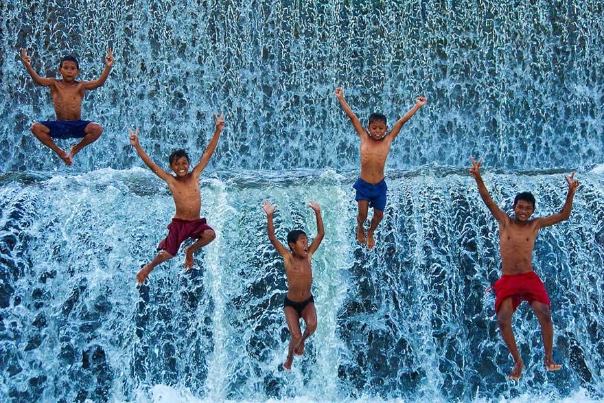 niños felices por todo el mundo chidren-playing-around-the-world-50