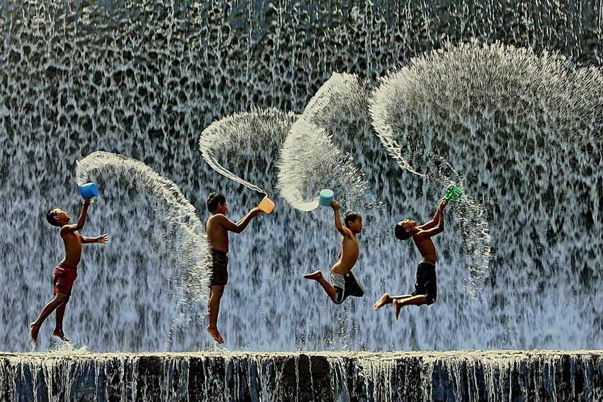 niños felices por todo el mundo  children-around-the-world-70