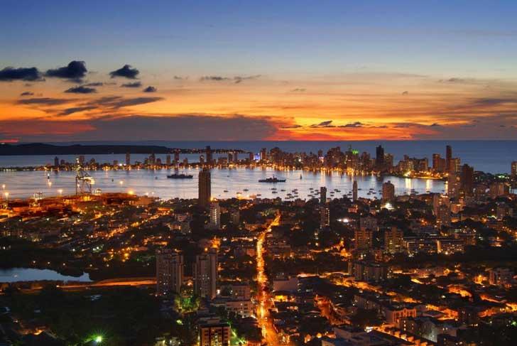 Atardecer_en_Cartagena_de_Indias_desde_La_Popa.
