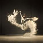 Increíbles tomas en danza con polvo